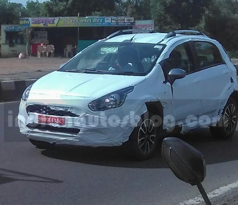 Fiat Avventura Urban Cross spied testing (1)