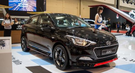 Blacked out Hyundai i20 with red accents steals the show at the 2016 GIIAS