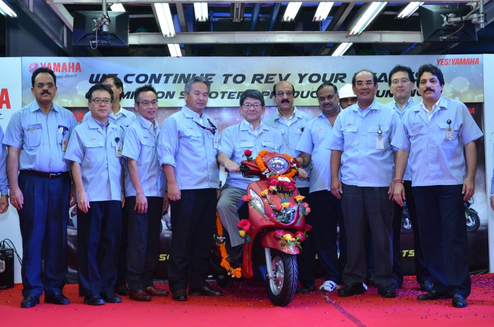 India Yamaha Motor - One Million Scooters (2)