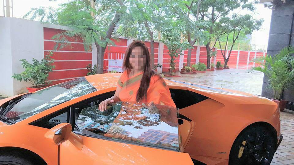 Lamborghini Huracan minor accident