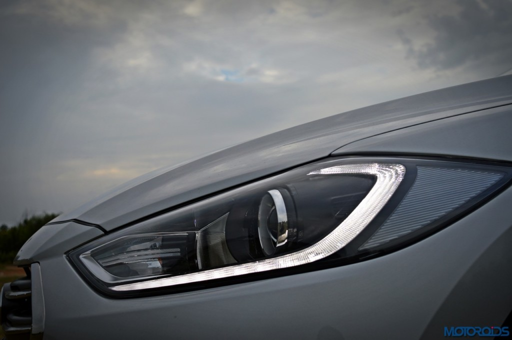 New Hyundai Elantra headlamp (3)