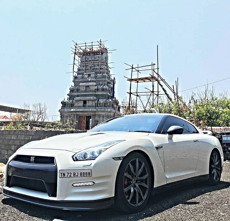 Nissan GT-R modified (1)