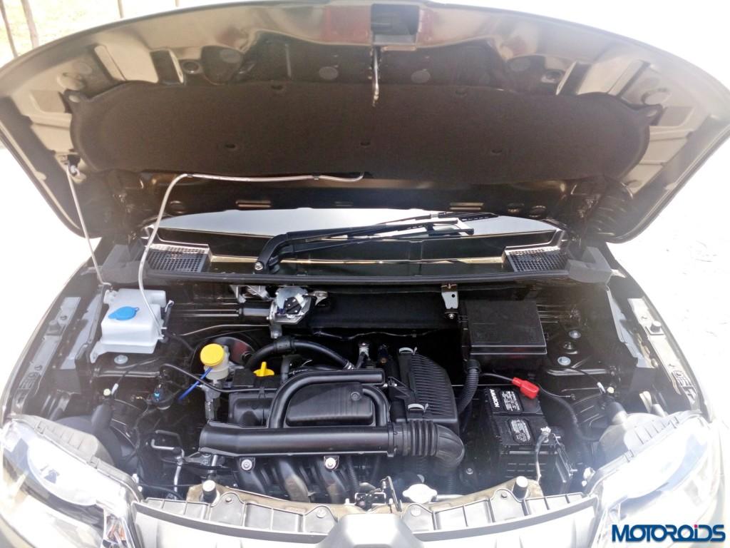 Renault Kwid 1.0L SCe Engine bay (4)