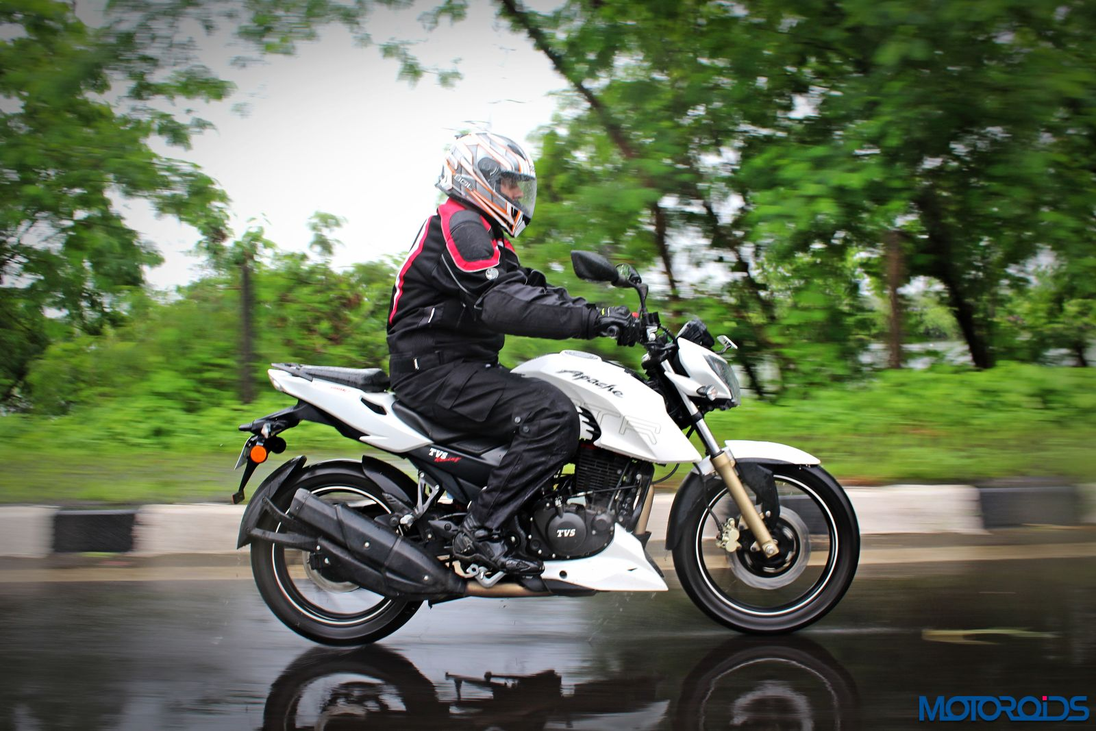 Tvs Apache Rtr 200 4v Long Term Review And Induction
