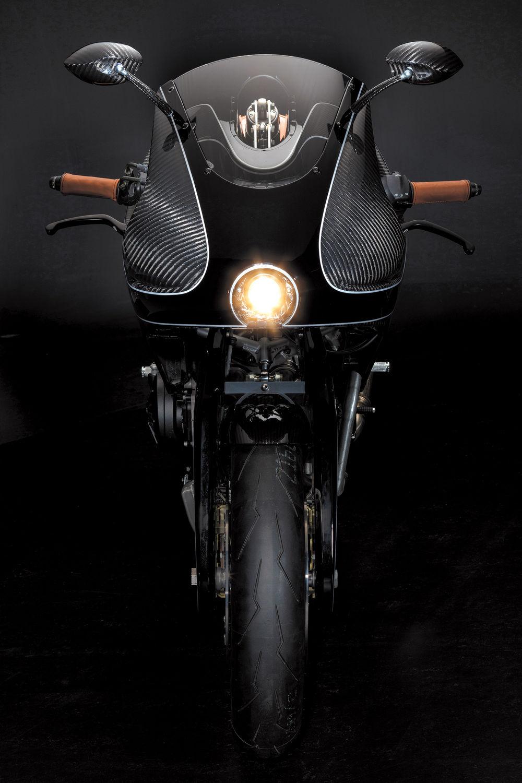 VanderHeide CarbonFibre Motorcycle (5)
