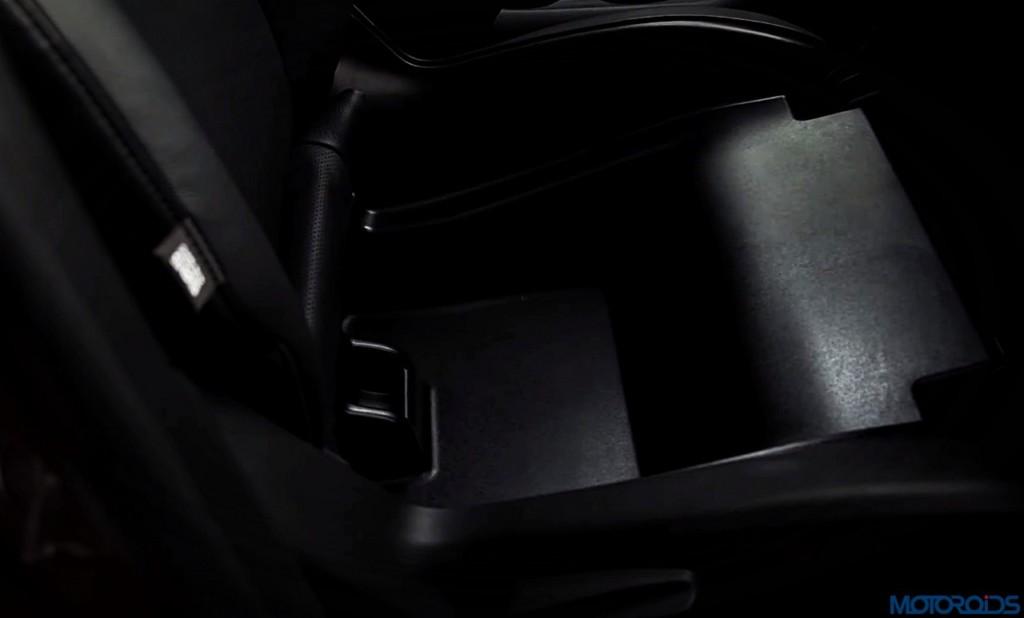 2017-jeep-compass-front-under-seat-storage