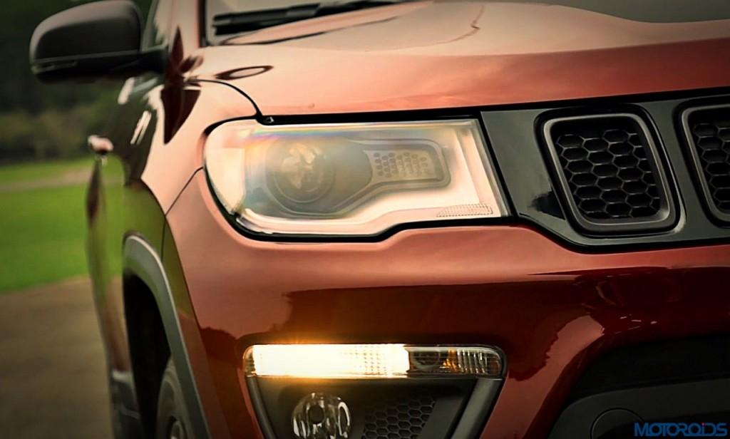 2017-jeep-compass-headlamp-1