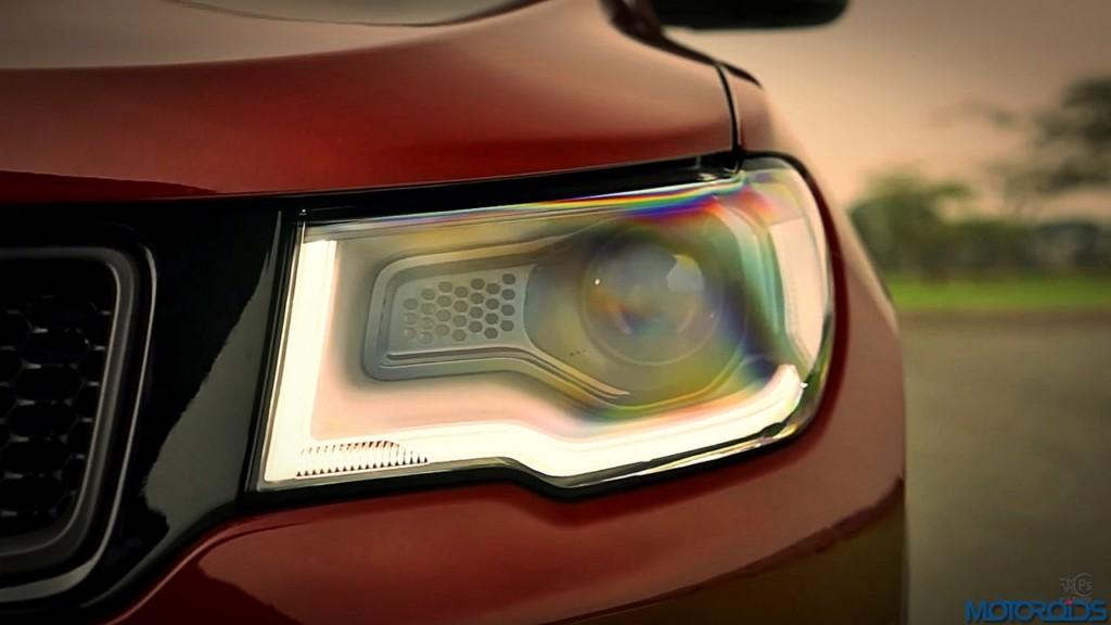 2017-jeep-compass-headlamp-2