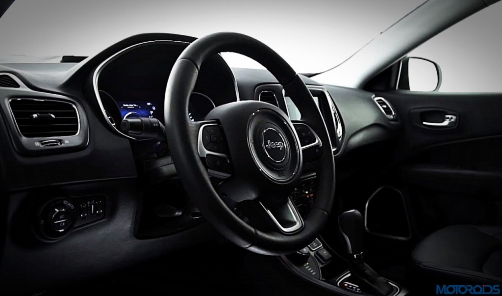2017-jeep-compass-steering-wheel-1