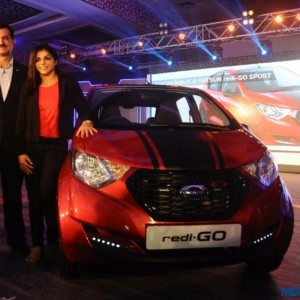 Datsun Redi-GO SPORT Launched, Priced INR 3.49 Lakh Ex-Delhi : Images, Features and Details