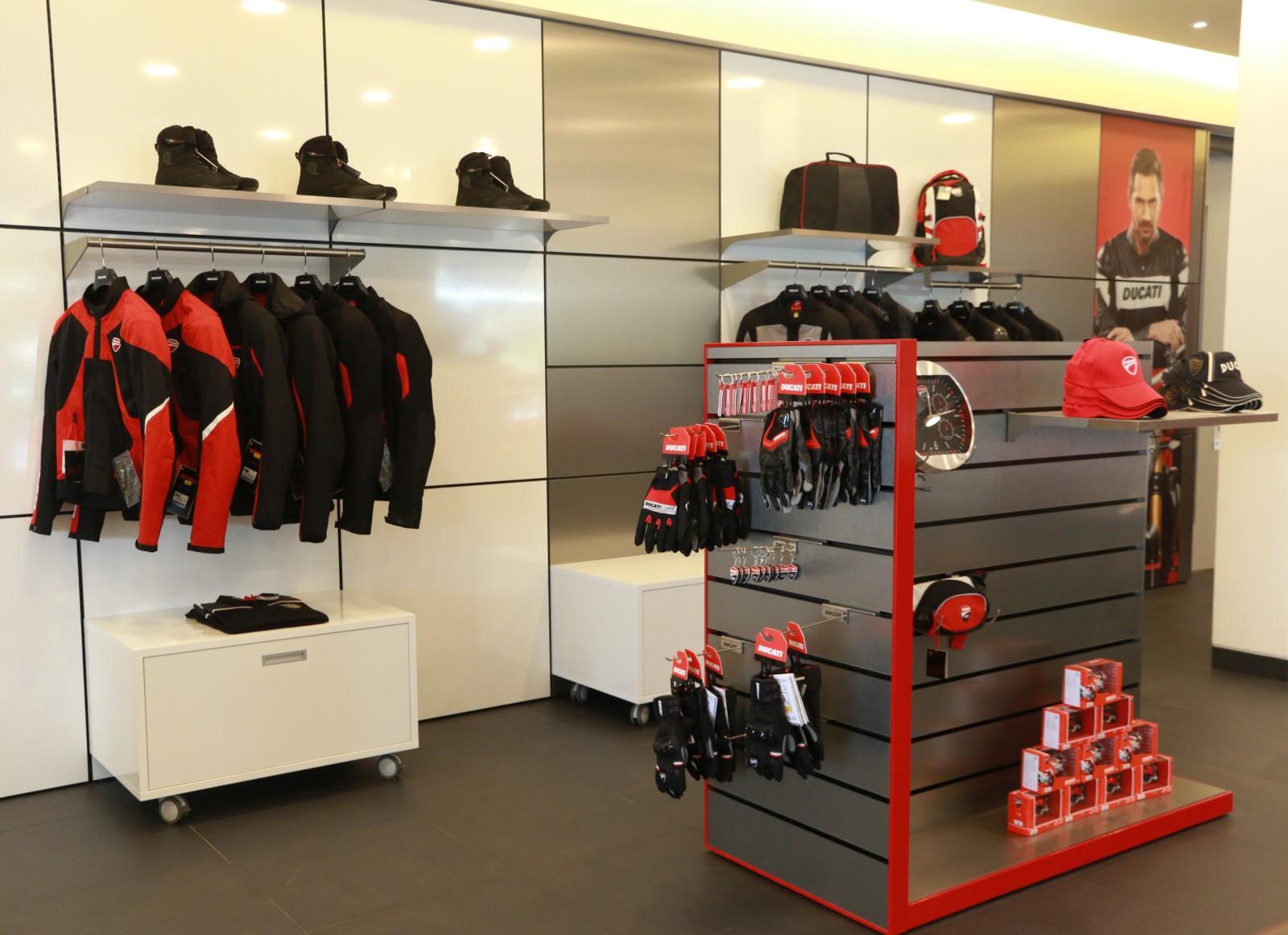 Ducati inaugurates new dealership in Ahmedabad (6)