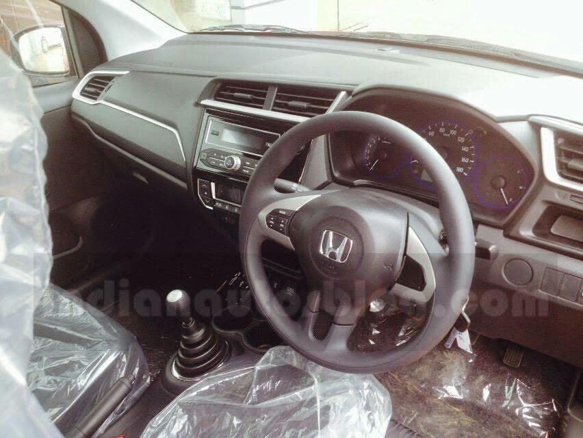 Honda Brio facelift interior