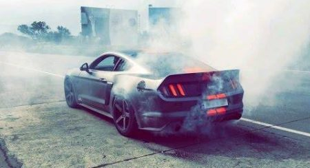 indias-loudest-ford-mustang-burnout
