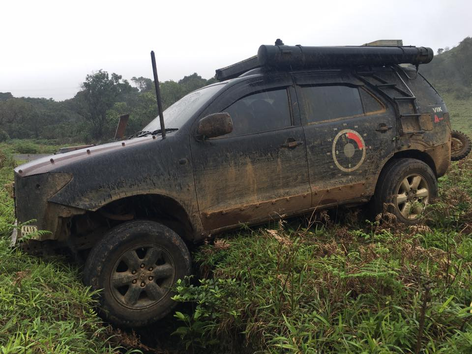 Modified Toyota Fortuner Off-Roader (2)