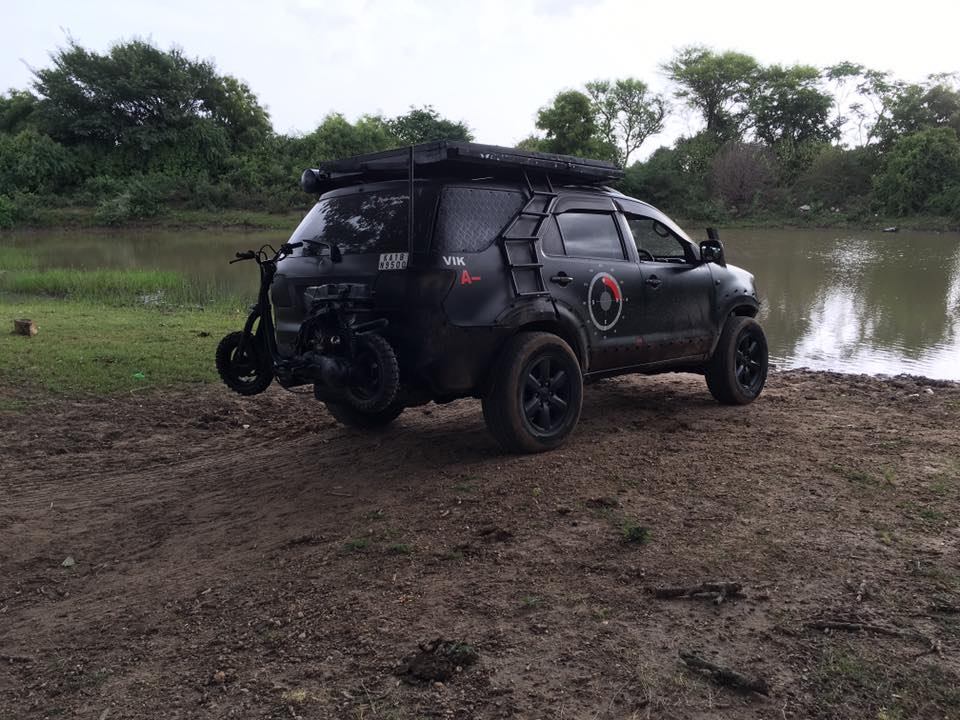 Modified Toyota Fortuner Off-Roader (3)