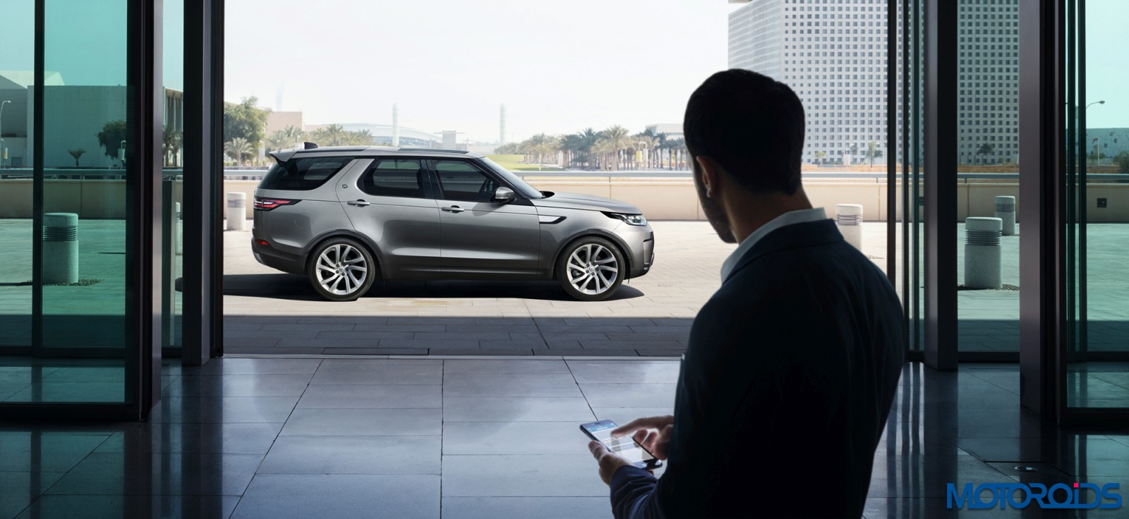 new-2017-land-rover-discovery-105