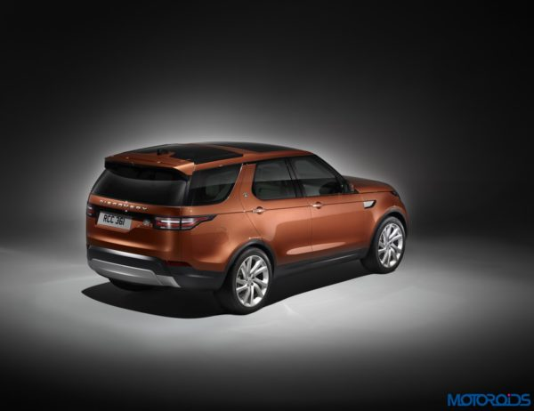 New-2017-Land-Rover-Discovery-116-600x462