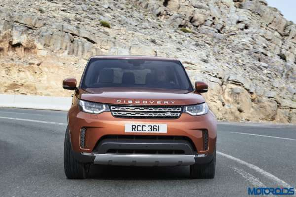 New-2017-Land-Rover-Discovery-39-600x400