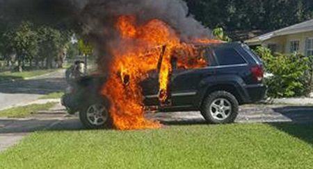 recalled-samsung-galaxy-note-7-explodes-burns-owners-jeep-6