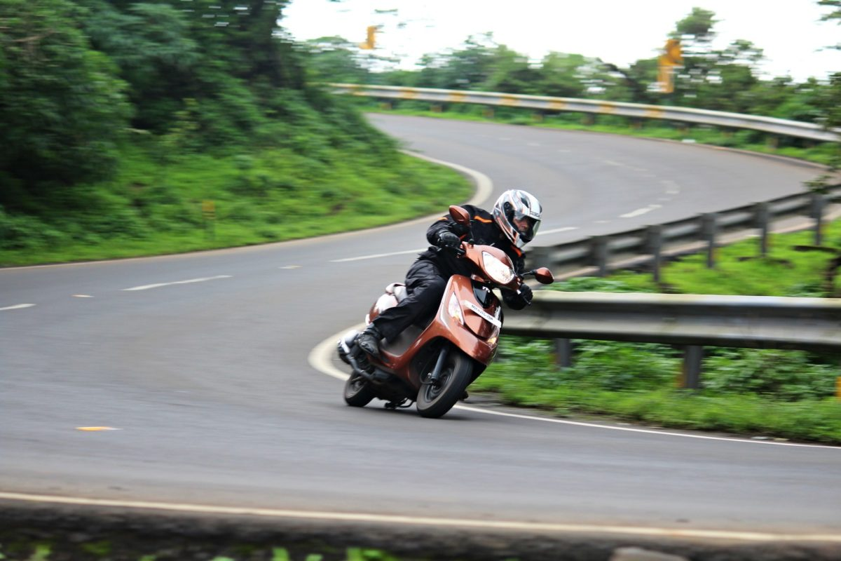 TVS Road Trip – Scooty Images (2)