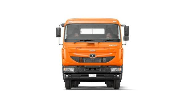 tata motors launches new signa range of trucks 1