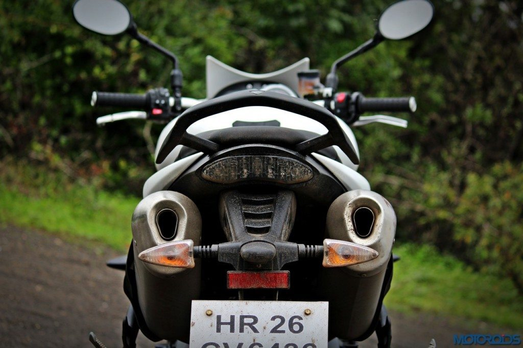 Triumph Speed Triple 1050 exhausts (1)