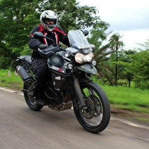 Triumph Tiger 800 XCA Review : Urban Tiger