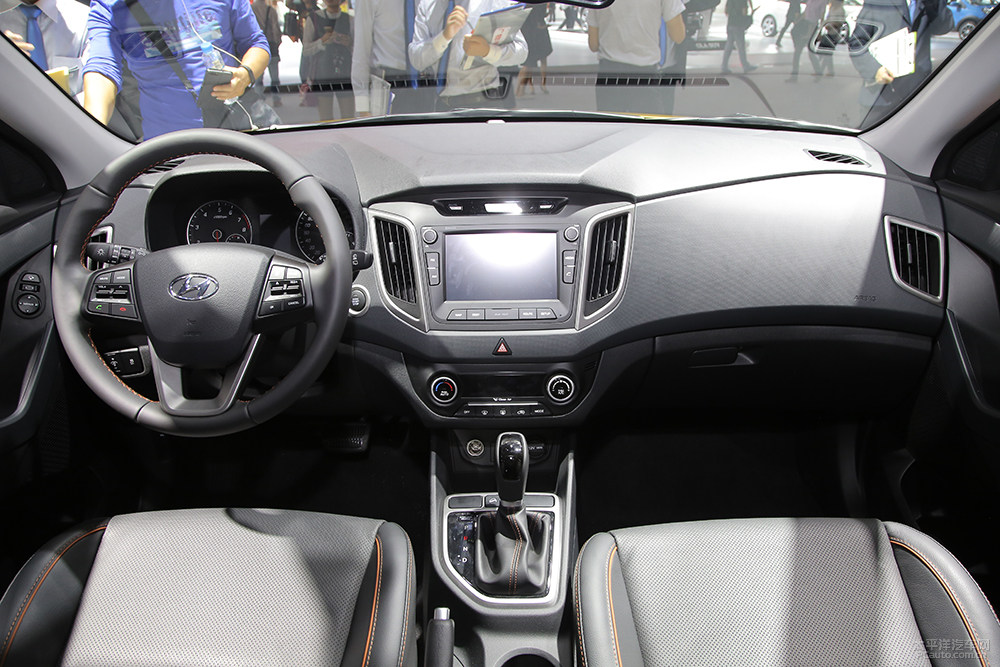 Turbocharged Hyundai Creta (ix25 1.6 T-GDI) (2)