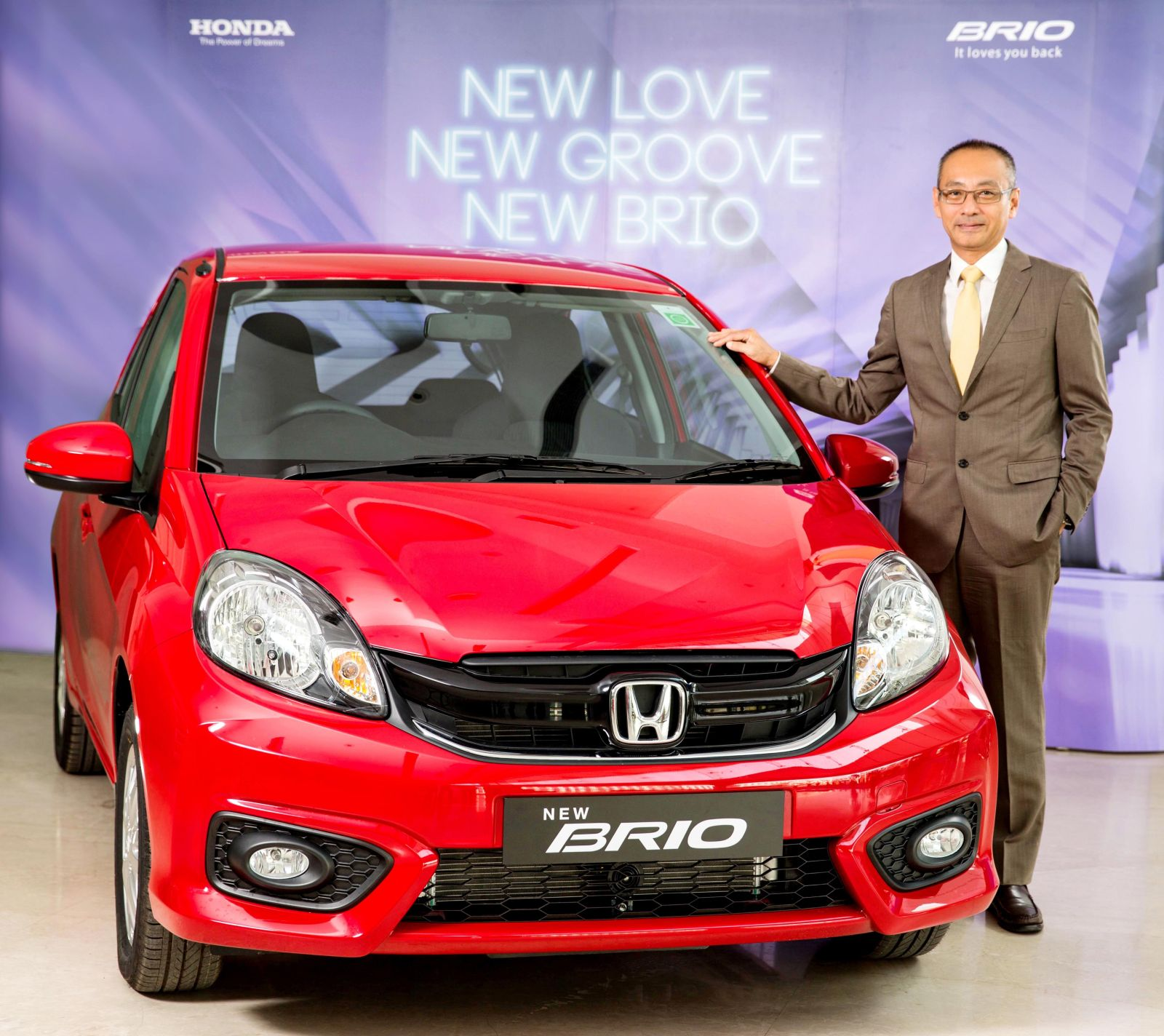 2016 honda brio launched in india prices start at inr 4 for Honda brio price in india
