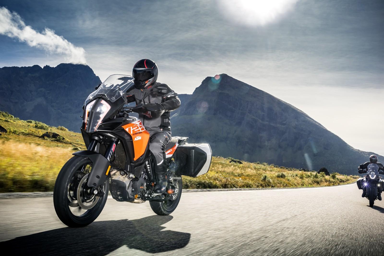intermot 2016 new 2017 ktm adventure 1290 adventure 1090