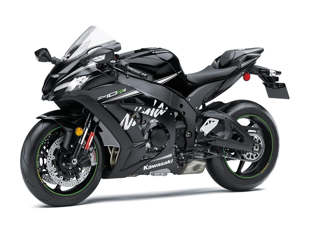 2017-kawasaki-ninja-zx-10rr-limited-edition-3