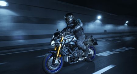 2017-yamaha-mt-10-sp-5