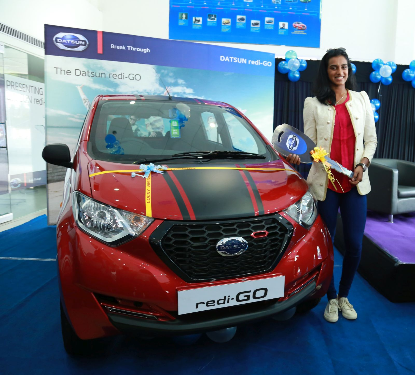 Datsun Redi Go Sport Presented To P V Sindhu For Her 2016