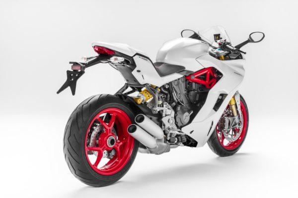 Ducati-SuperSport-S-3-600x400