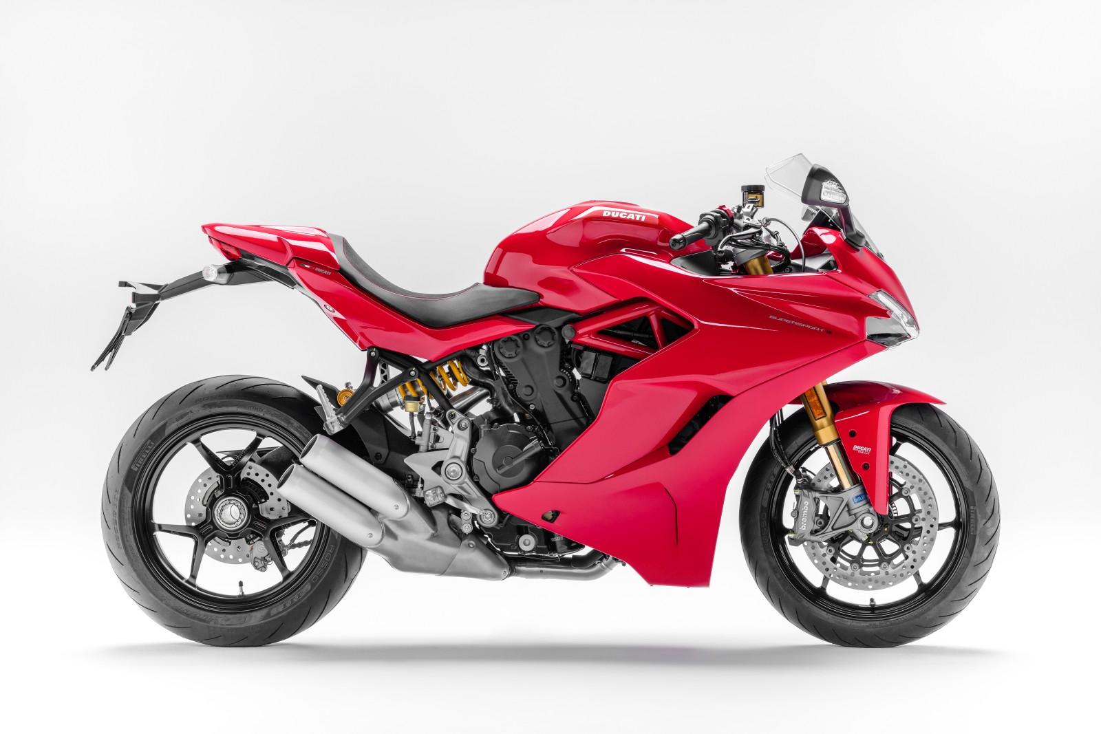 Ducati-SuperSport-S-7