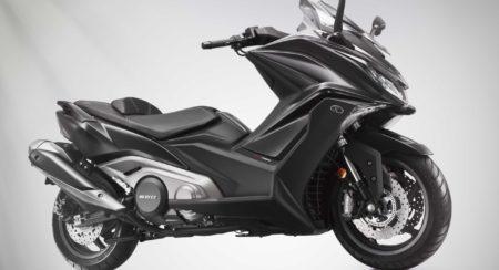 kymco-ak-550-maxi-scooter