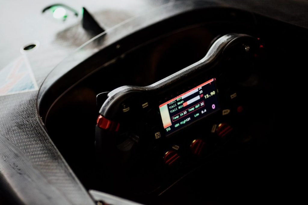 leeco-faraday-future-dragon-racing-formula-e-5-png