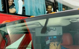 MS Dhoni Hummer H2 320x200 MS Dhoni drives to the hotel from Ranchi airport in his Hummer H2; leaves New Zealand players stumped!