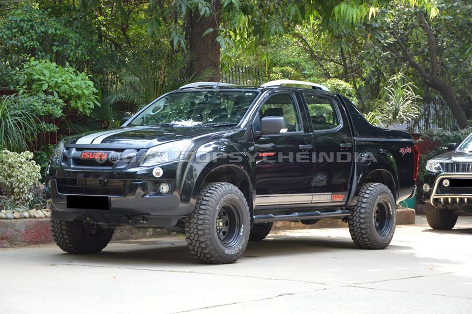 Pray That This Modified Isuzu D Max V Cross Doesn T Cross