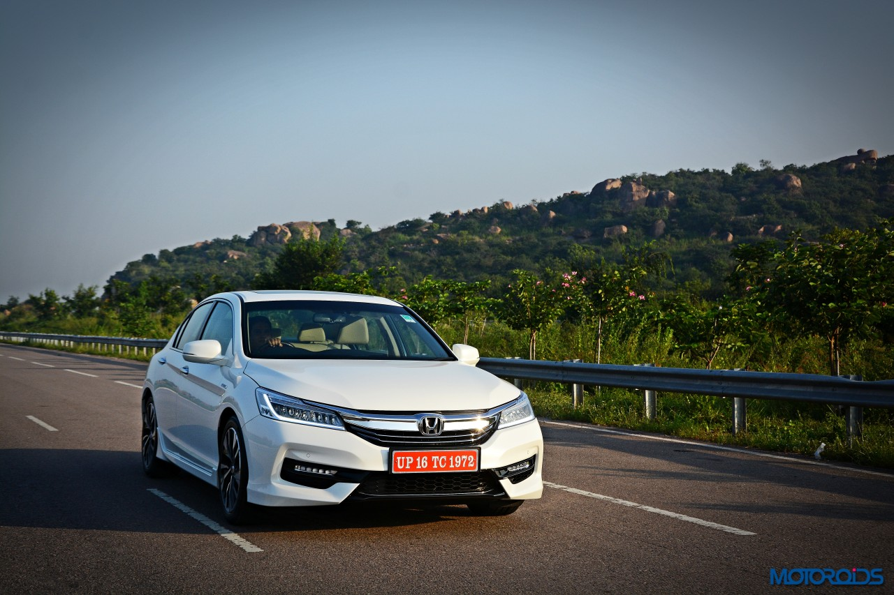 new-2016-honda-accord-hybrid-review-2
