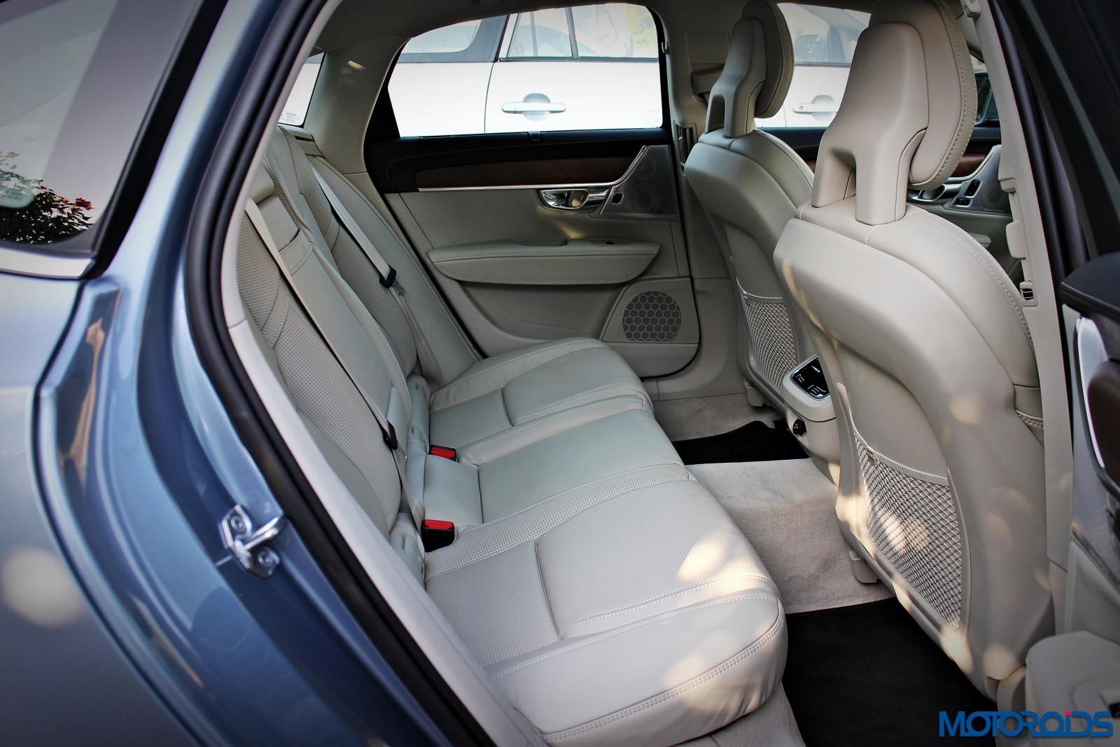 new-volvo-s90-rear-seats-1