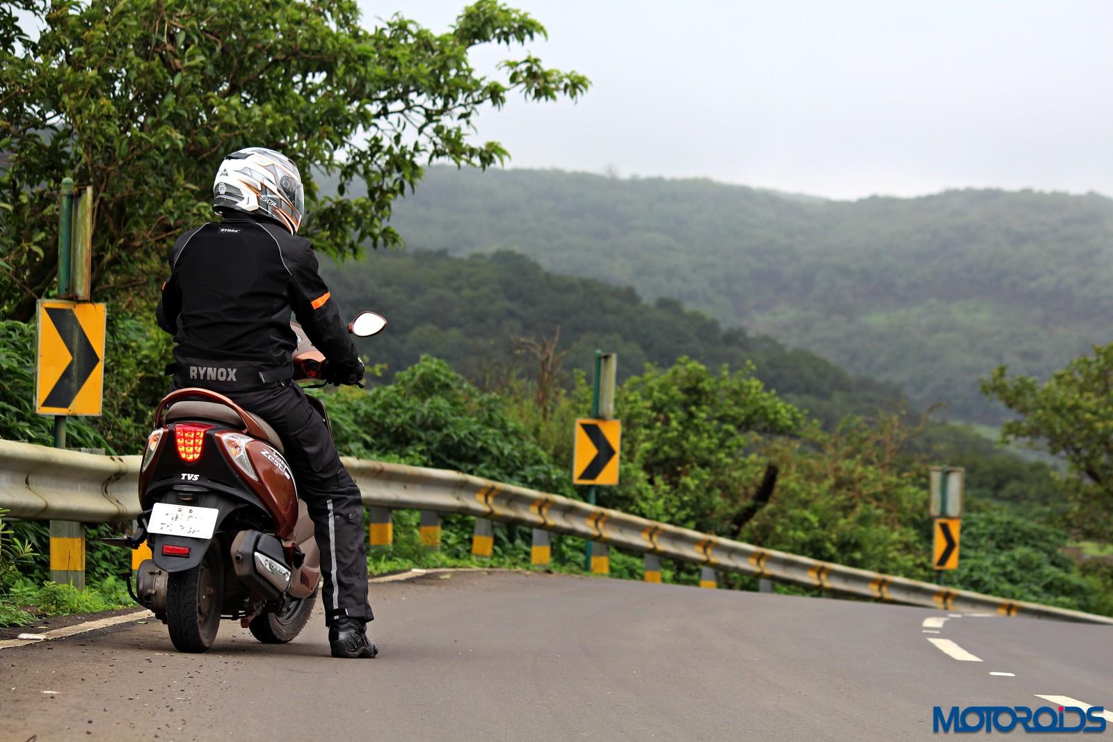 tvs-scooty-zest-how-to-buy-riding-gear-1