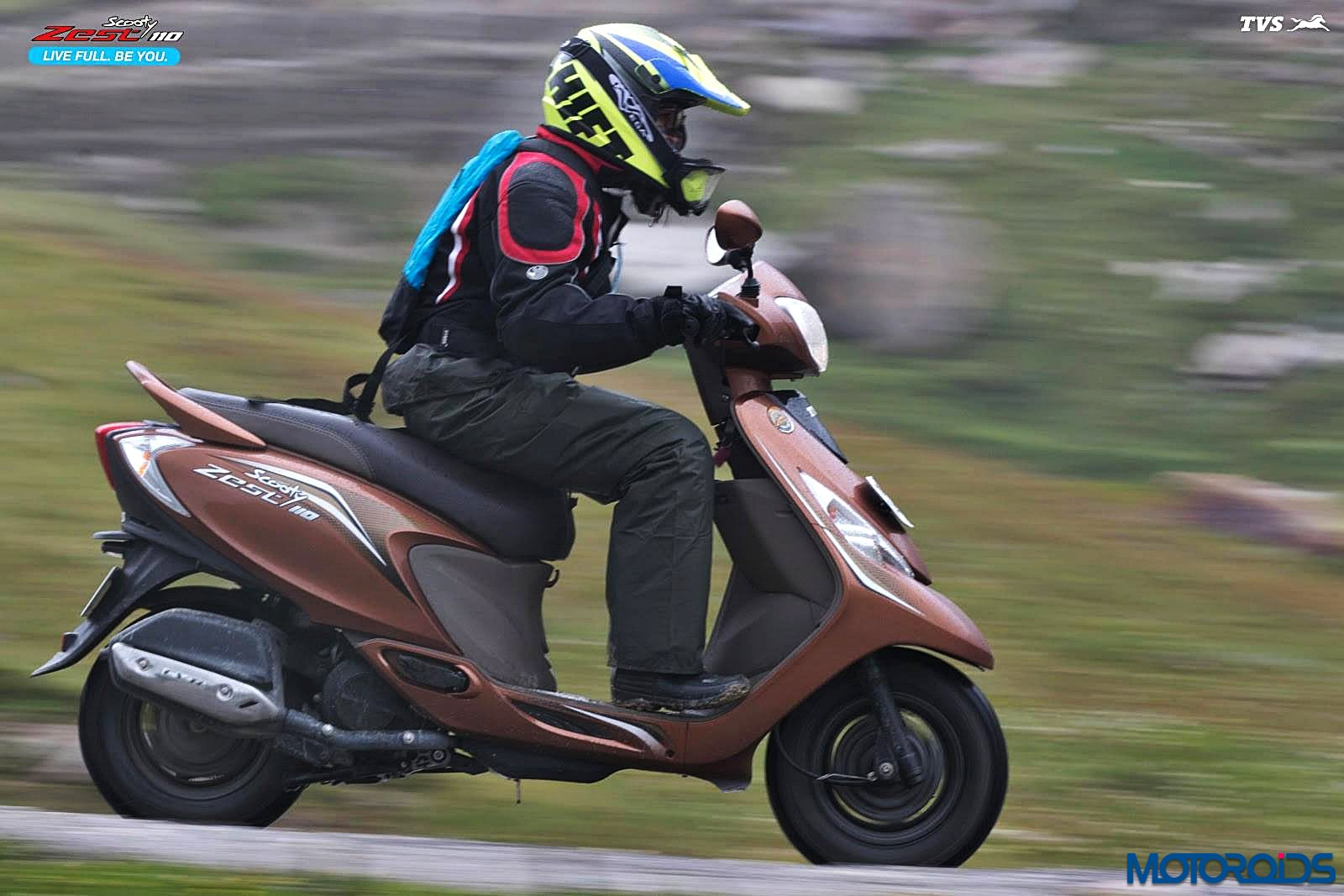 tvs-scooty-zest-how-to-buy-riding-gear-2