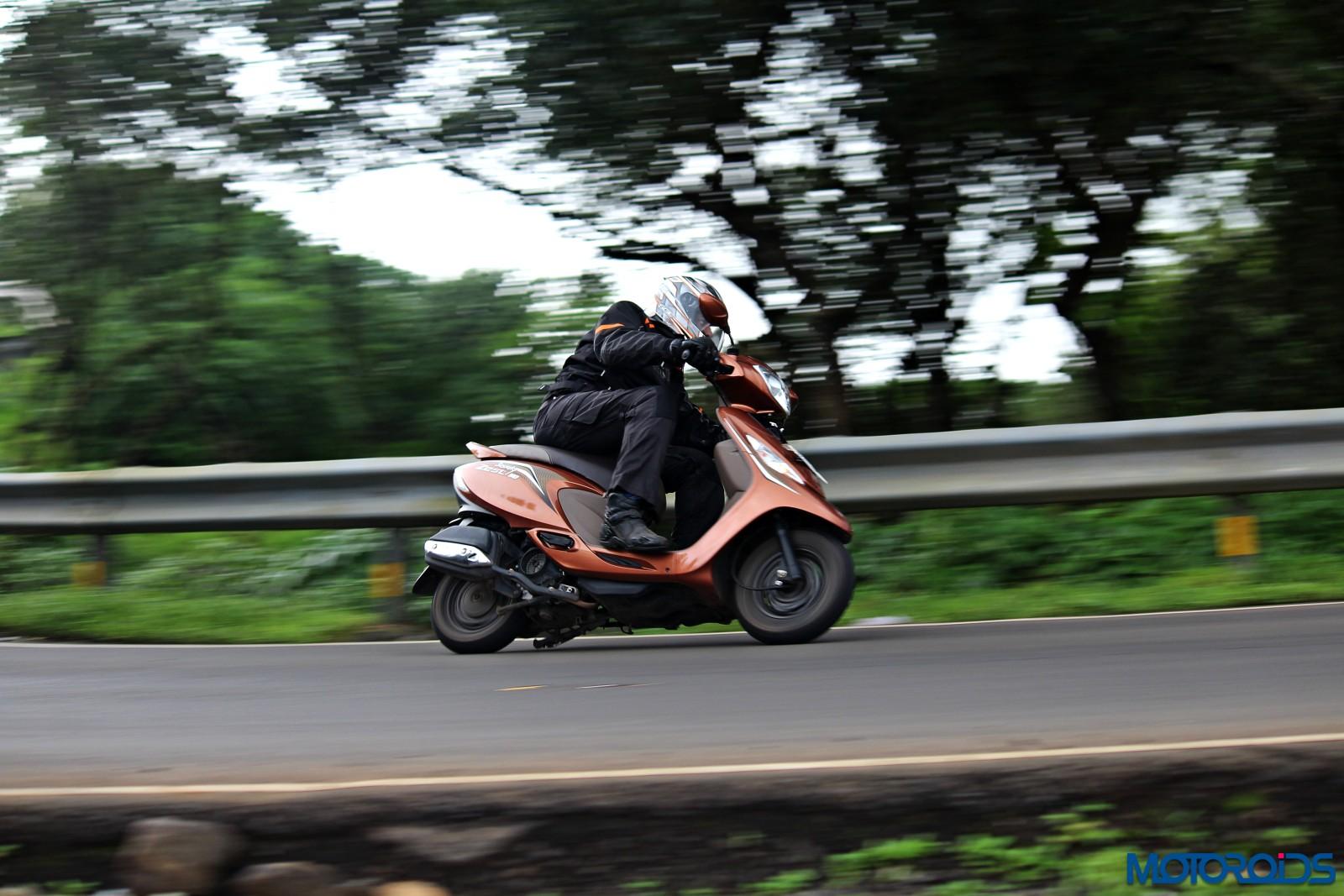 tvs-scooty-zest-how-to-buy-riding-gear-4
