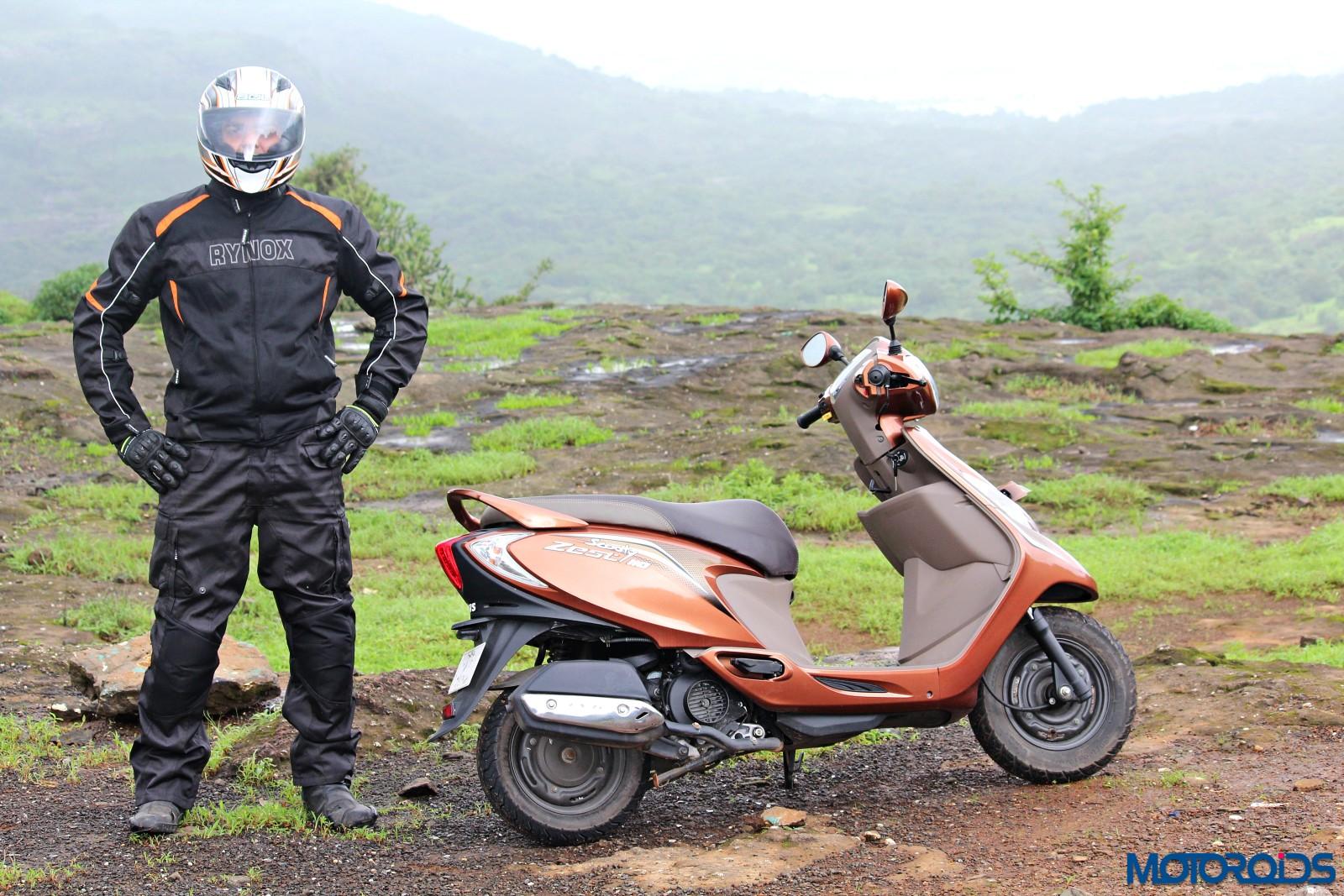 tvs-scooty-zest-how-to-buy-riding-gear-5