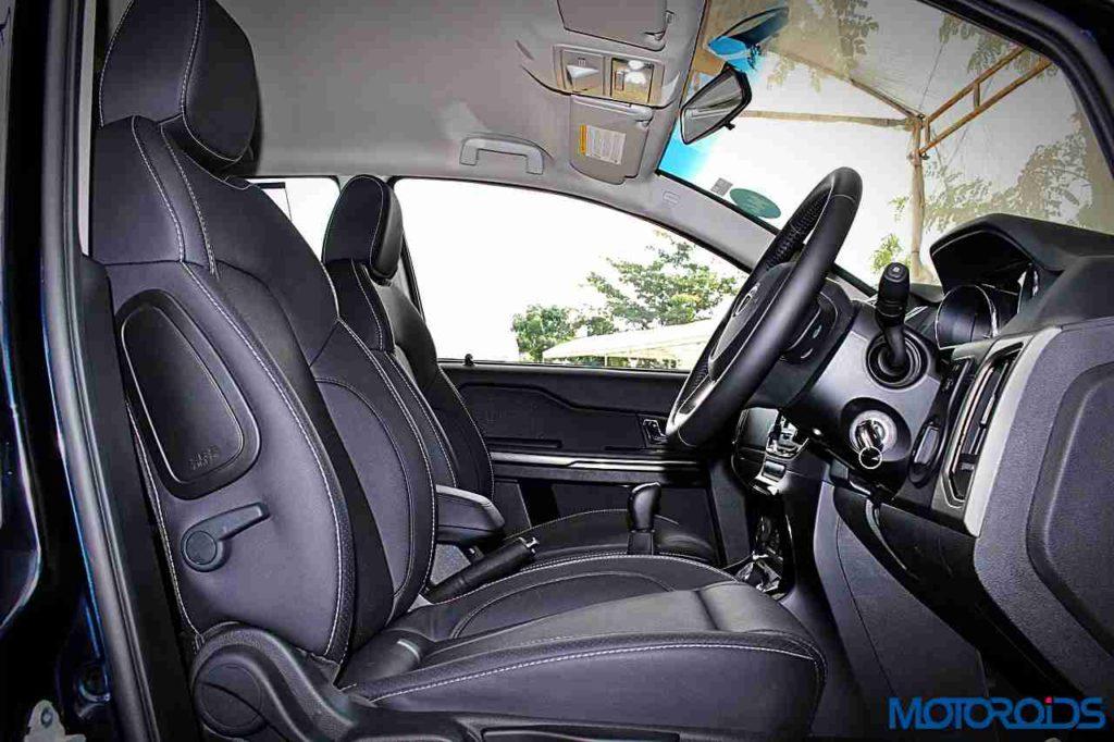 tata-hexa-front-seats-2