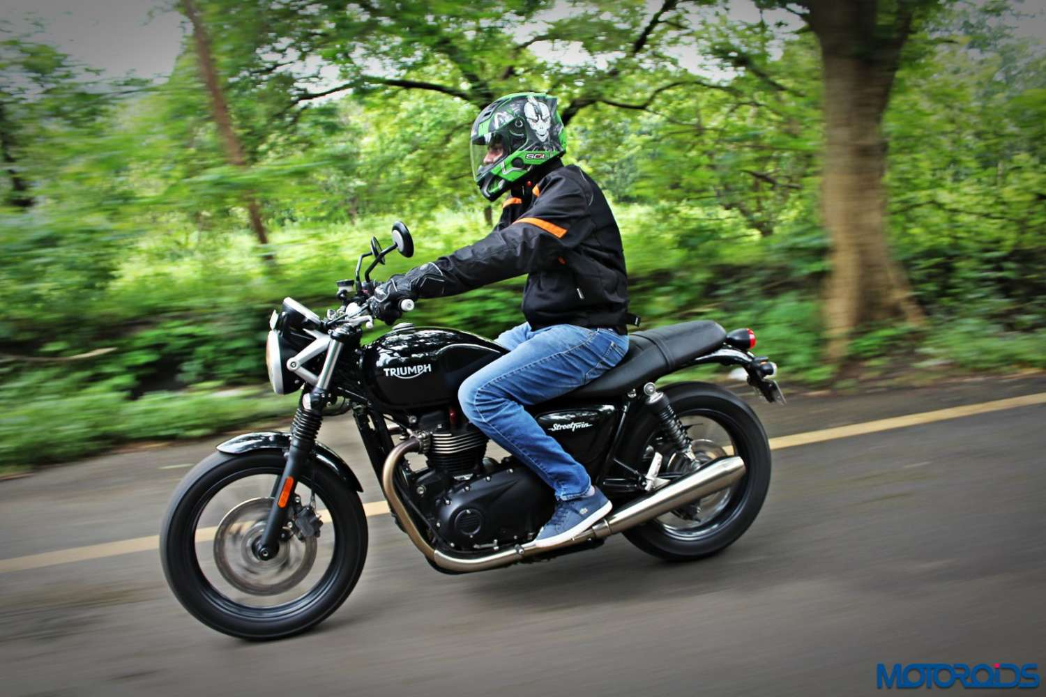 triumph-street-twin-review-60