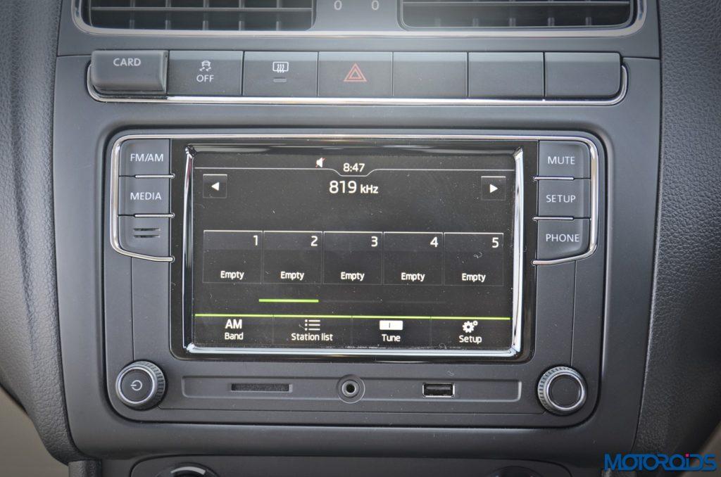 2016-new-skoda-rapid-facelift-6-5-inch-touchscreen-infotainment-2
