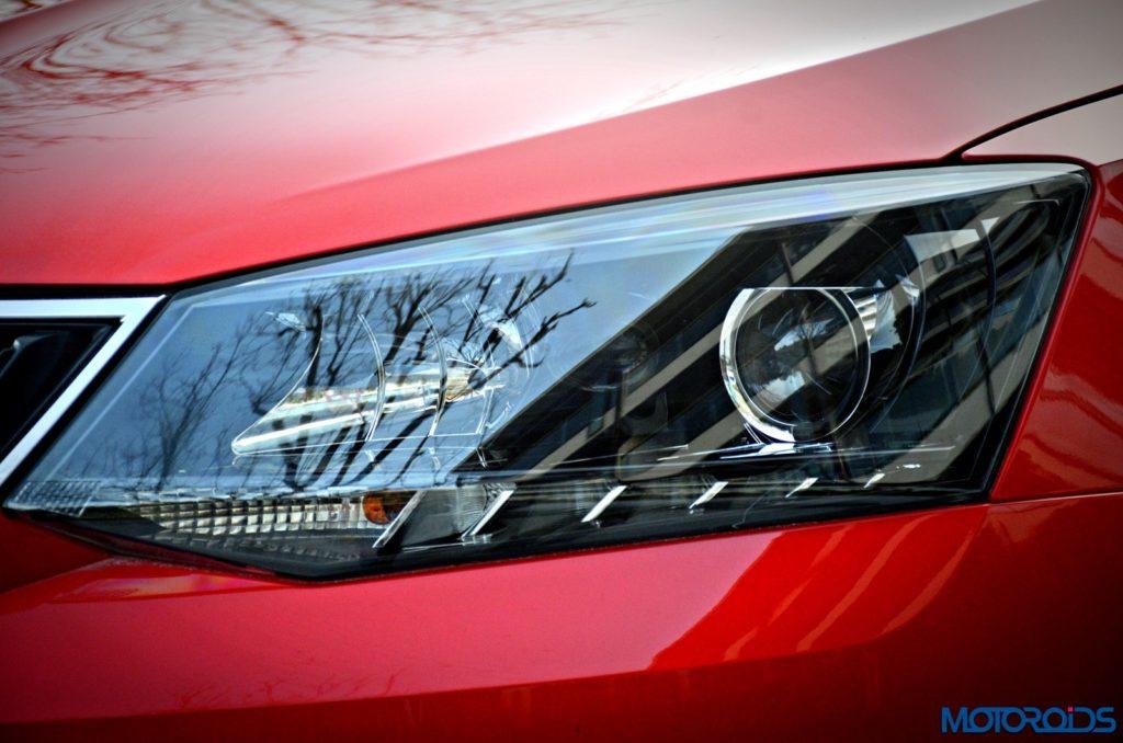 2016-new-skoda-rapid-facelift-projector-headlight-led-drls-1