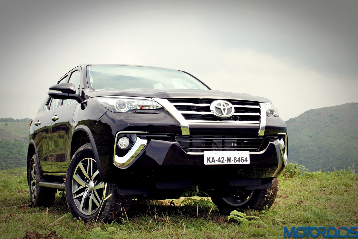 New 2016 Toyota Fortuner India Review, Price, Specs, Mileage